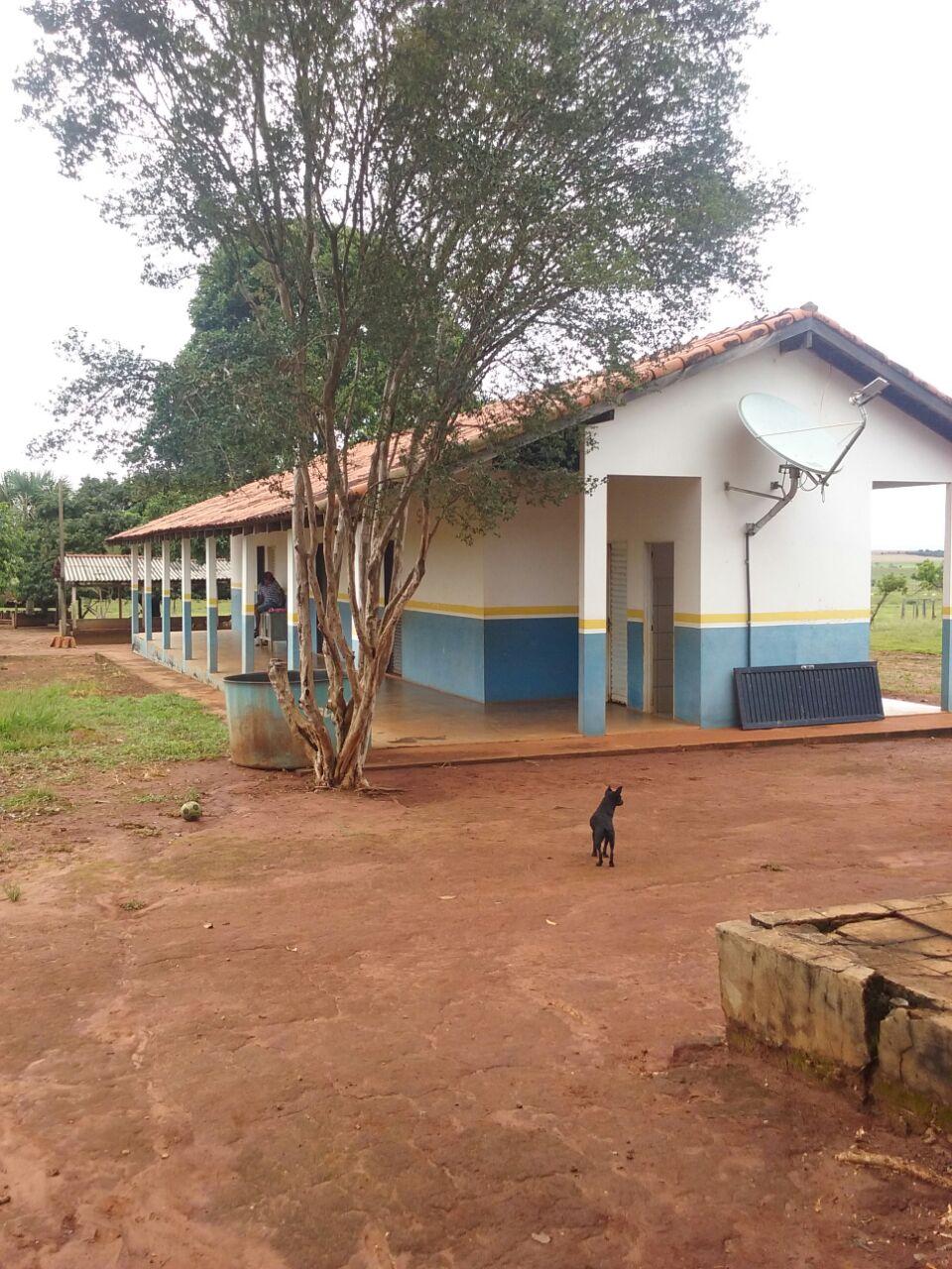 A Secretária de Educação fez uma visita na Escola Rural do Assentamento Santo Antônio.