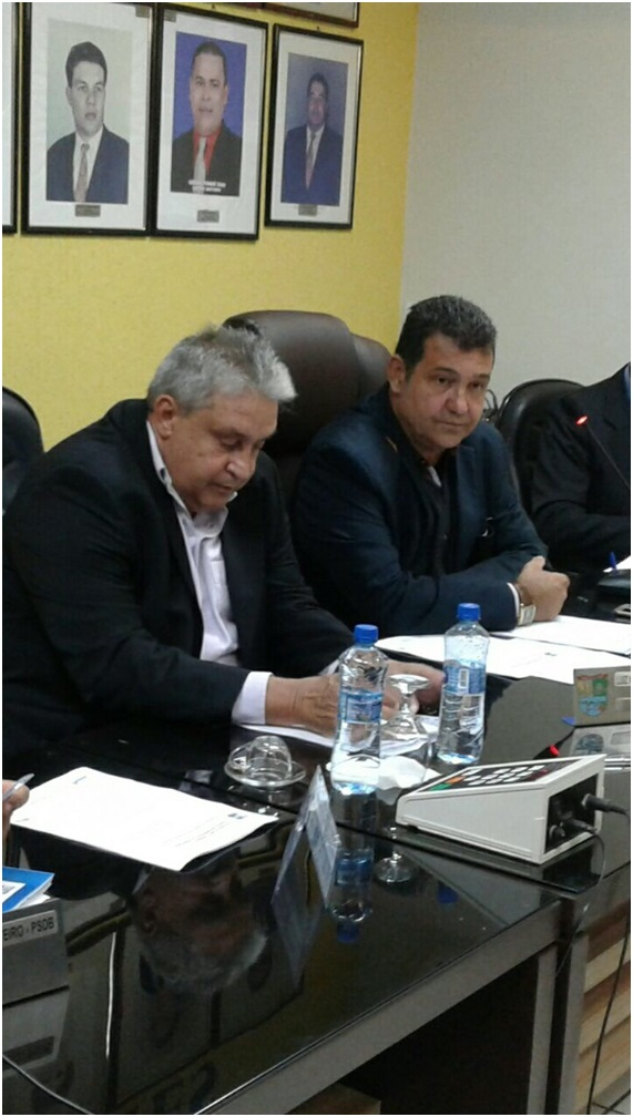 Prefeito Bolinha compareceu á Sessão Ordinária da Câmara.
