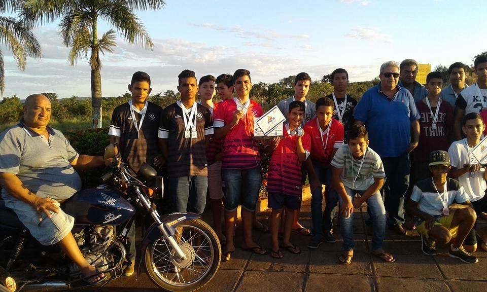 Prefeito Bolinha recepcionou estudantes medalhistas nos Jogos Escolares