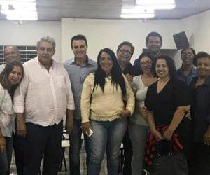 Bolinha e Dinivaldo se reuniram com funcionários da Creche Isolina Barros