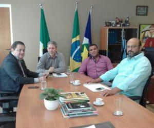 Serafim e Joás em Cuiabá solicitaram caminhonete e aumento de efetivos para a PM de Guiratinga