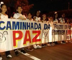 Prefeito participou da Caminhada da Paz da Comunidade Católica e Carreata Evangélica Aviva Guiratinga