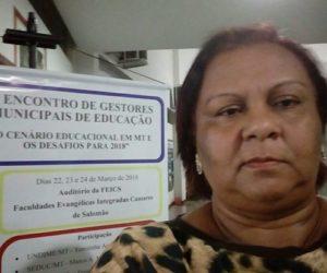Secretária Rosemeire participa do encontro de gestores da Educação em Cuiabá.
