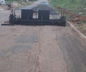 Prefeitura inicia serviços de lama asfáltica na cidade