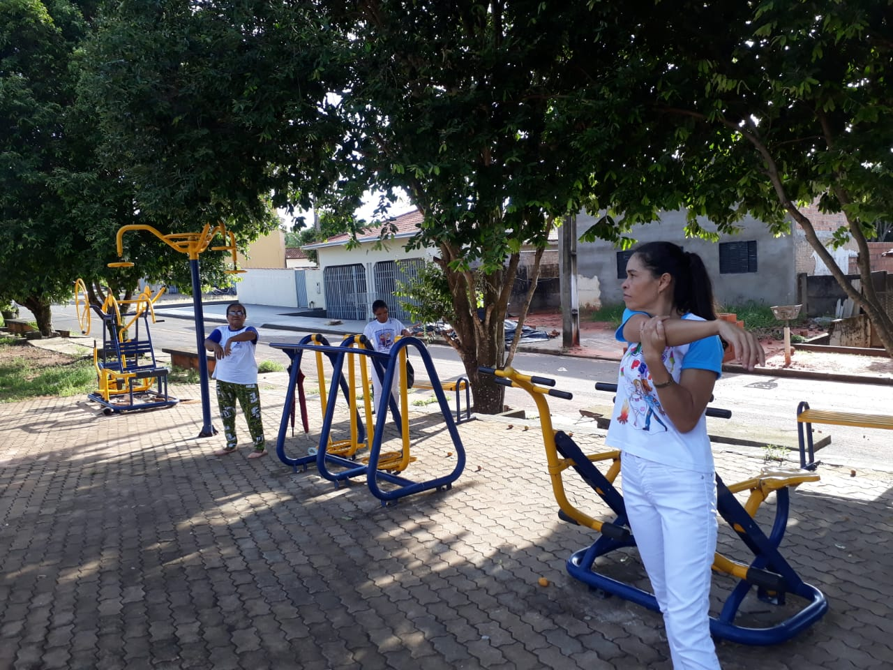 PSF-I e NASF presentes na Praça da COHAB Serrano